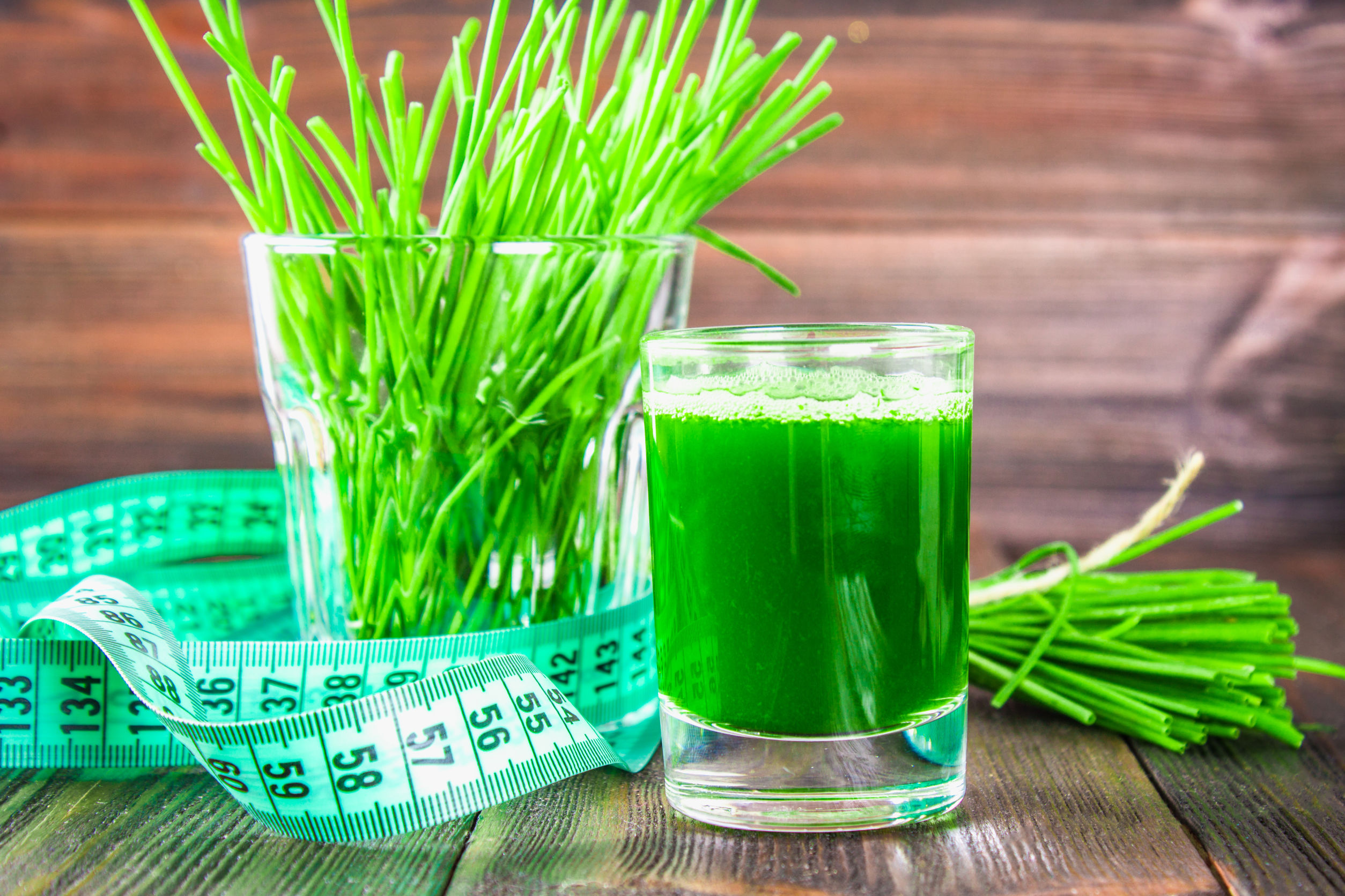 Bicchieri di wheatgrass